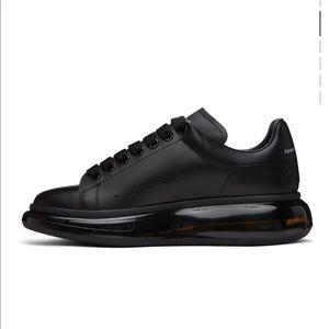 Alexander McQueen black oversize sneakers clear sole 42